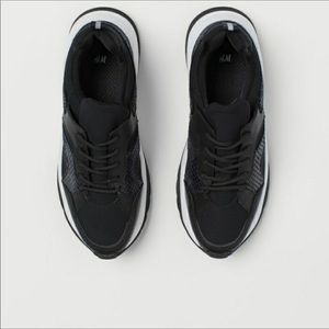 H&M BLACK IN MESH WITH WHITE SOLES SNEAKERS